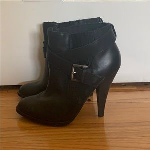 Aldo Shoes - Gorgeous black leather booties